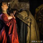 Queen of Thrones XXX 2.2